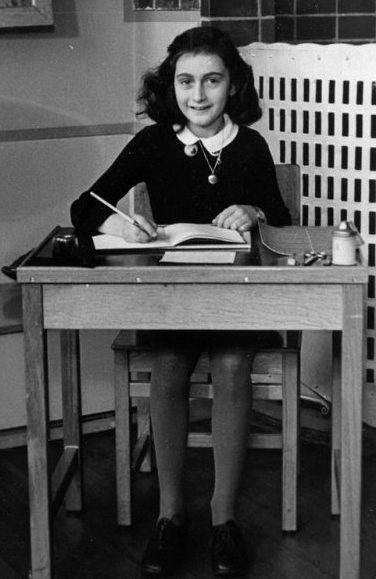Picture of Anne Frank in 1940